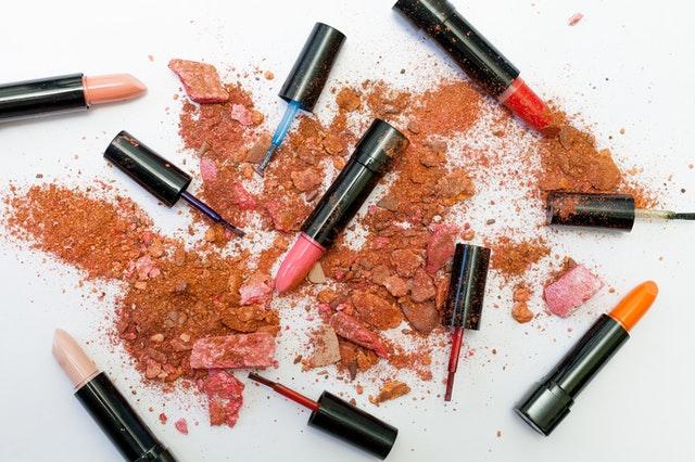 Jak nie wydawać fortuny na kosmetyki